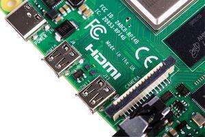 Raspberry Pi USB-C und Micro HDM