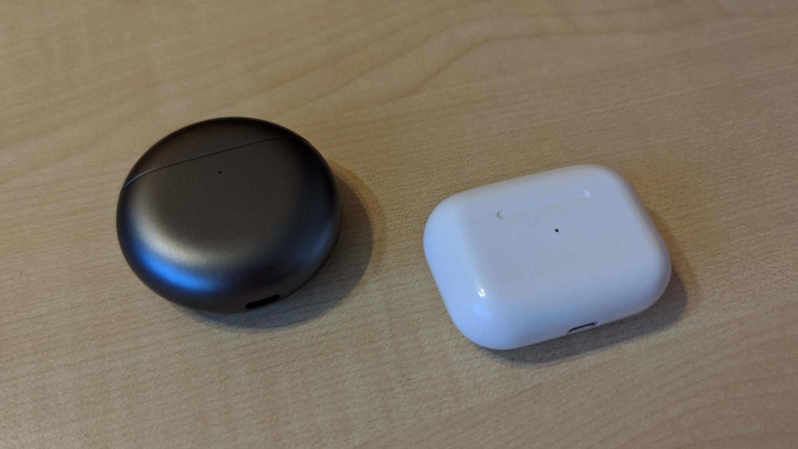 Huawei FreeBuds 4 - Grössenvergleich AirPods Pro